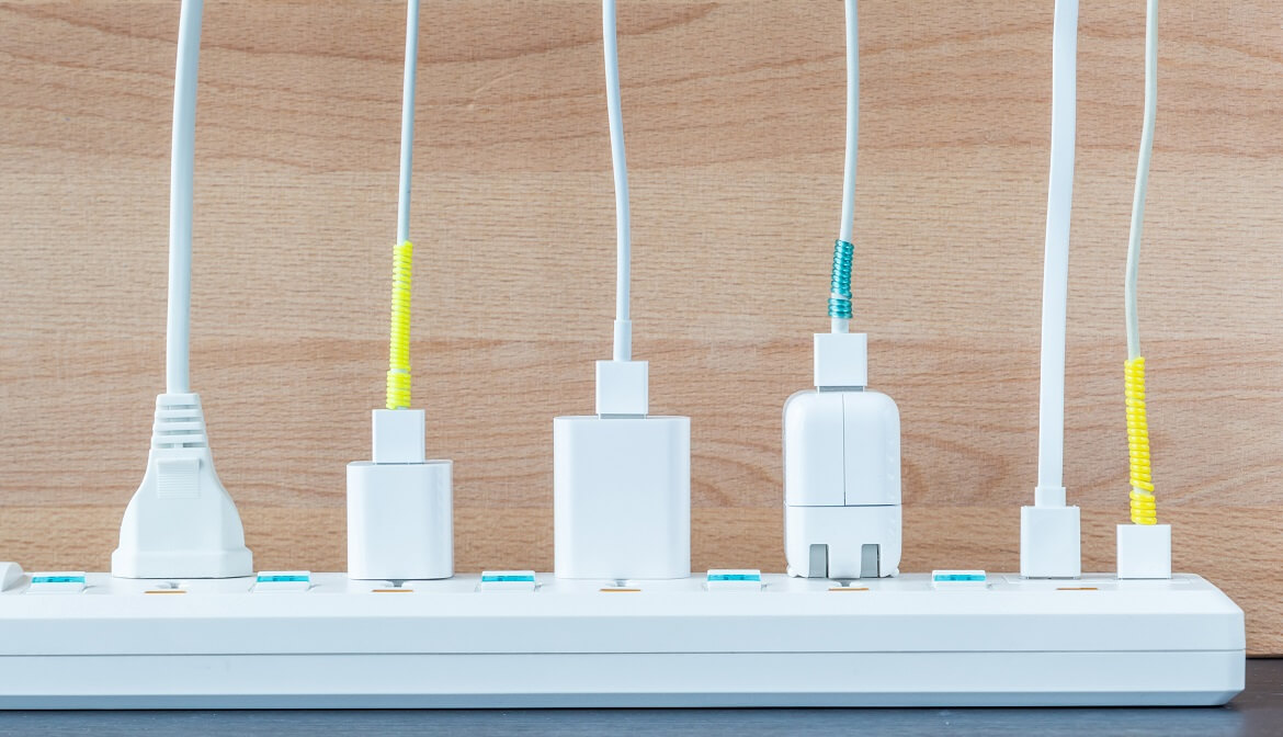 usb-electric-power-by-versions